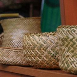 Bāmbu bāfi (kunsten å flette bambus)