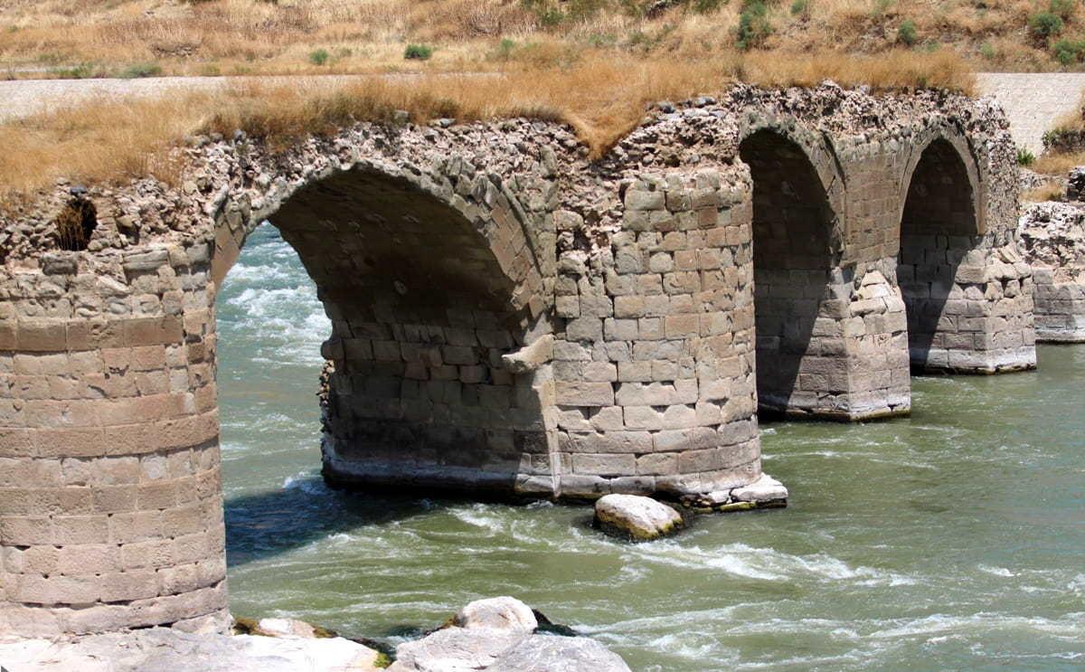 Արեւելյան Ադրբեջան-Խոդա Աֆարինի կամուրջը