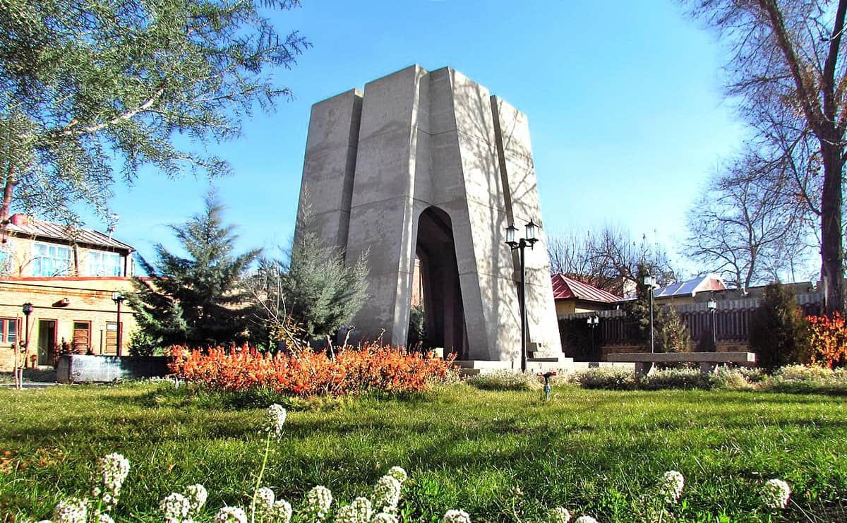 Azerbaigian Orientale-Mausoleo di Ohadi Marāghei