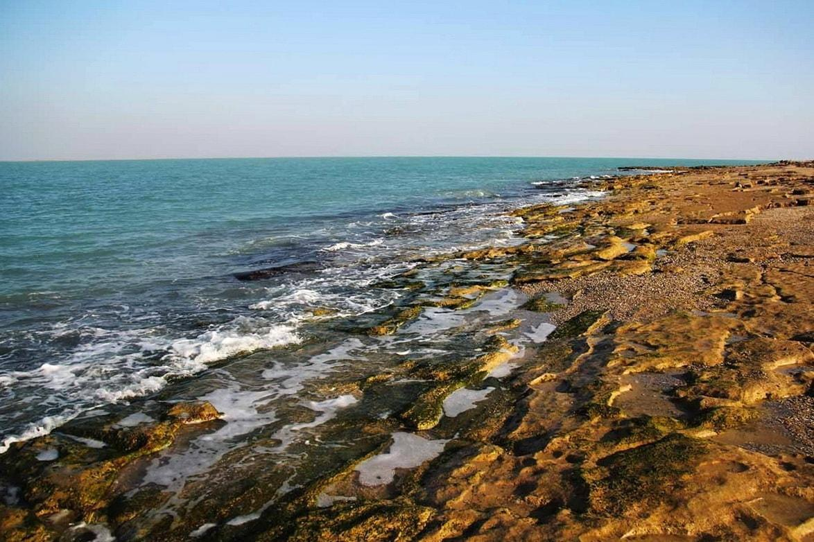 Bushehr-Ishulli i Omm-Ol-Karam dhe ishulli i Nakhilu