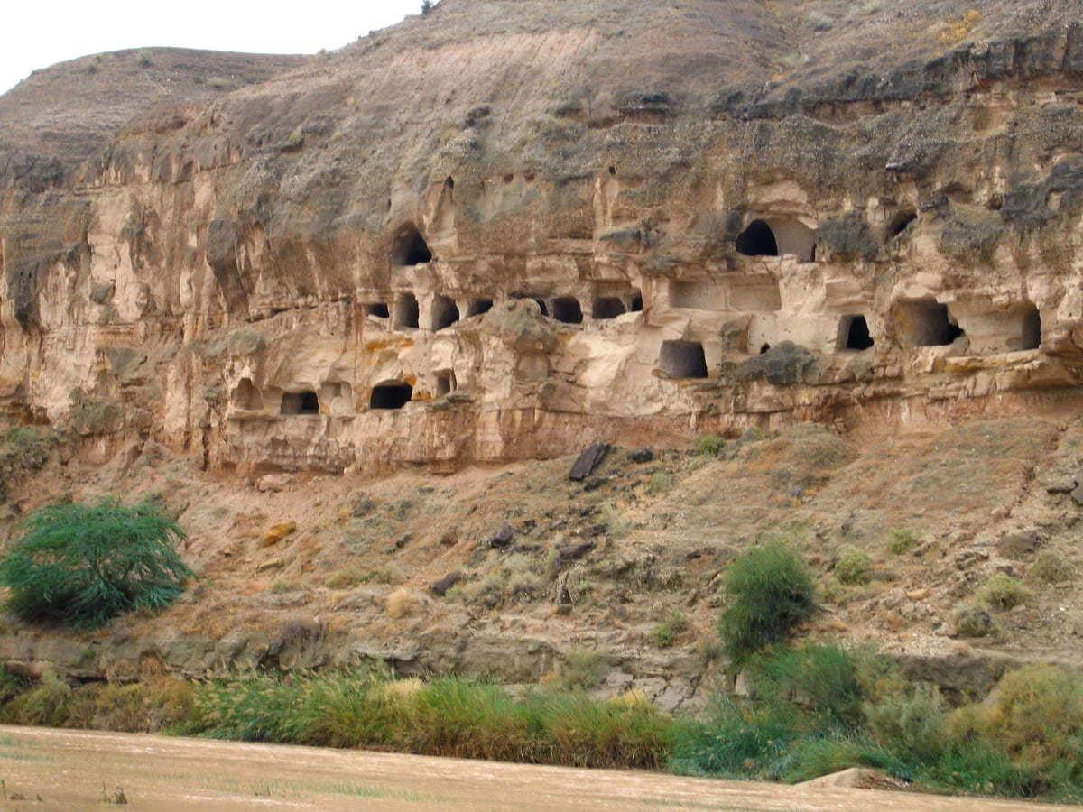 बुशहर-मिन की बुशेहर-द हिस्टोरिक गुफा