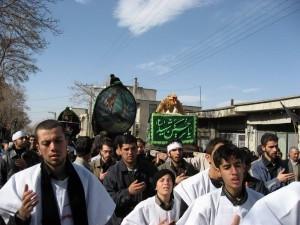 Il rito nakhl gardani degli abitanti di Naragh