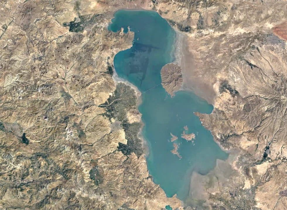 पश्चिमी अज़रबैजान - उर्मिया झील
