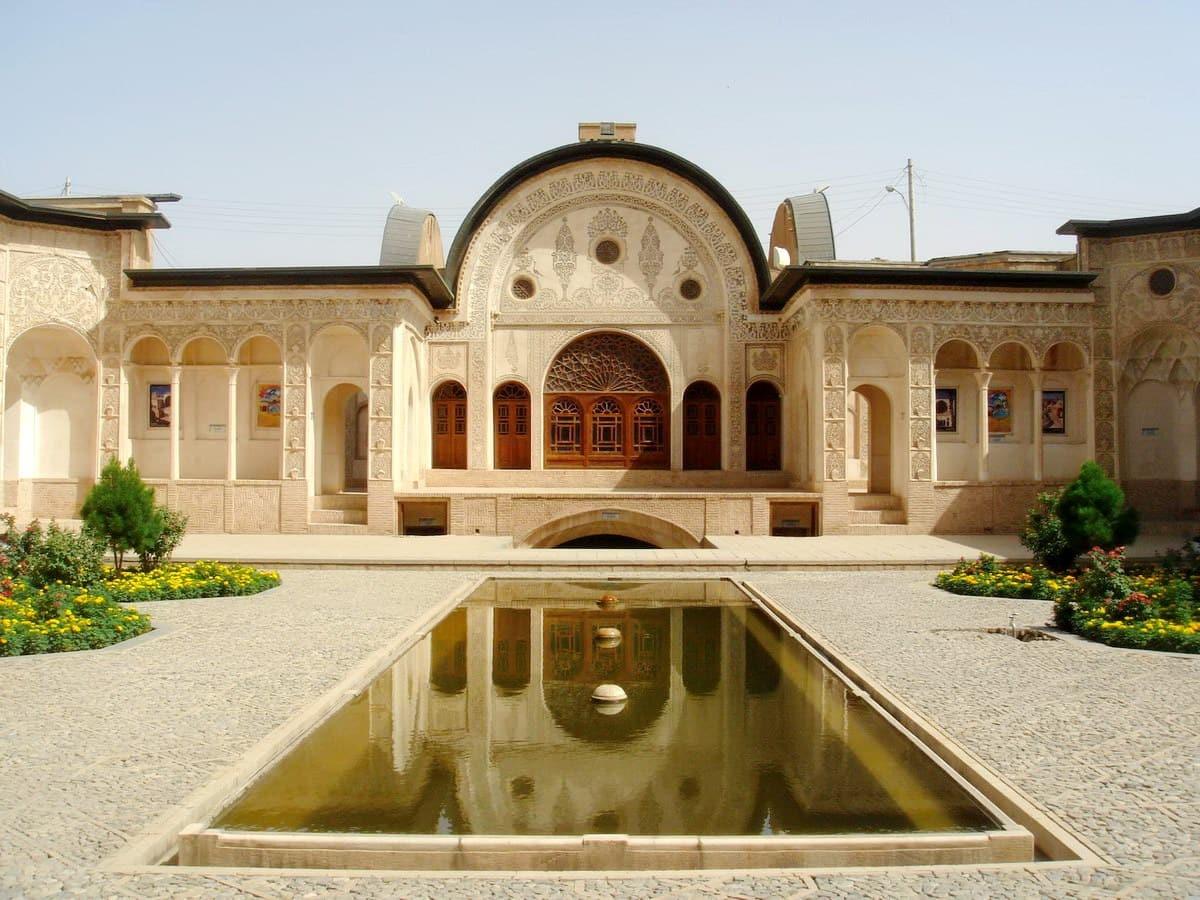 काशान-तबताबाई का घर