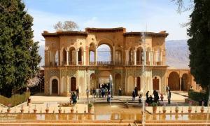 Il giardino Shazdeh Mahan