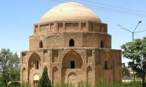 Gonbad-e (cupola) Jabalieh