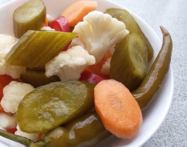 Shur - Gemischtes Gemüse in Salz
