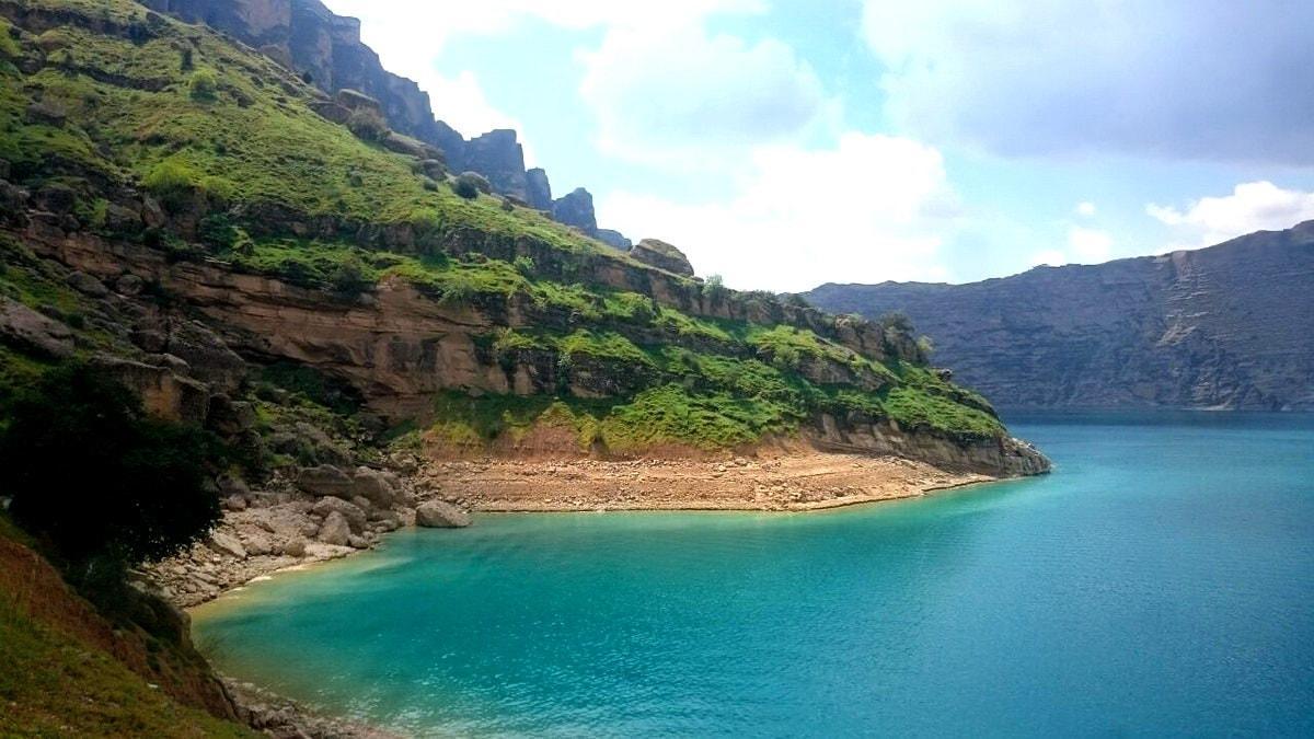 Խուզեստան-Շեյուն լիճը