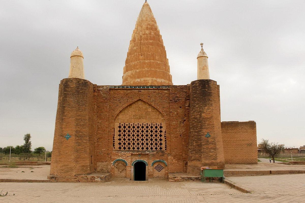 خوزستان - ضريح يعقوب لييس