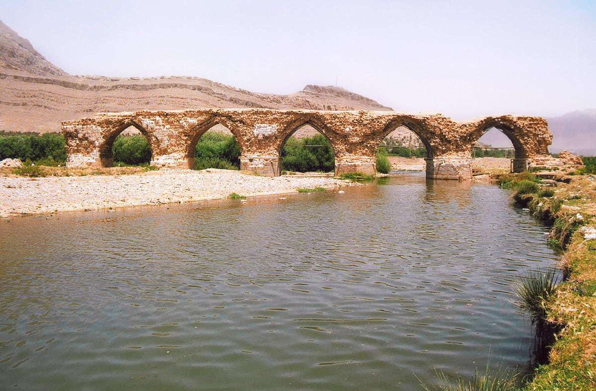 Շապուրիի կամուրջը