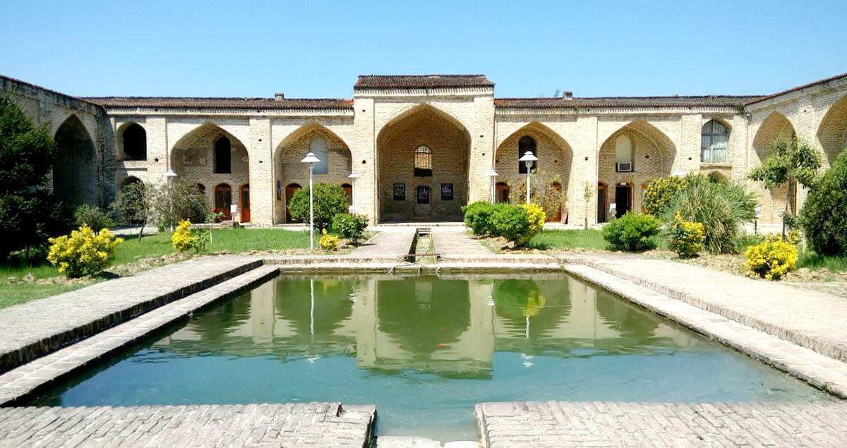 complesso safavide Farah Ābād