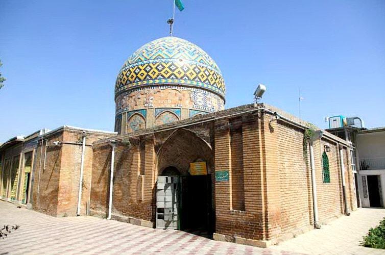 카즈 빈 - 아 메네 카툰의 무덤