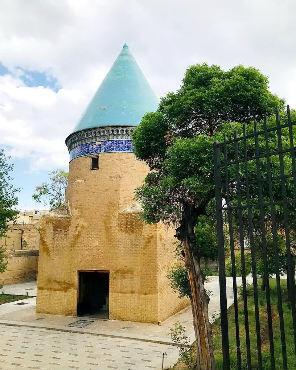 Qazvin-Mausoleo di Hamdallah Mustawfi
