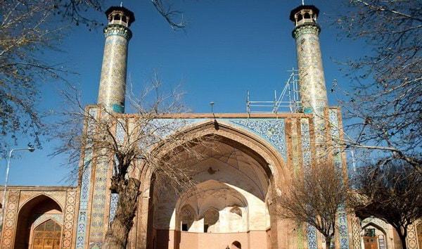 Masjid-e-Jamé (La grande Moschea)