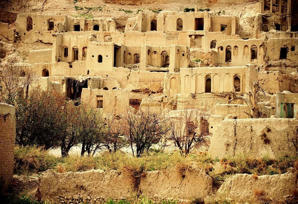 Shiraz-Izad Khast
