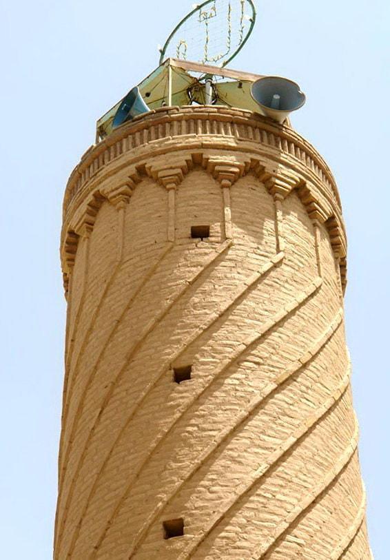 सिस्तान और बलूचिस्तान - खश शहर के मस्जिद-ए-जामे मीनार (महान मस्जिद)
