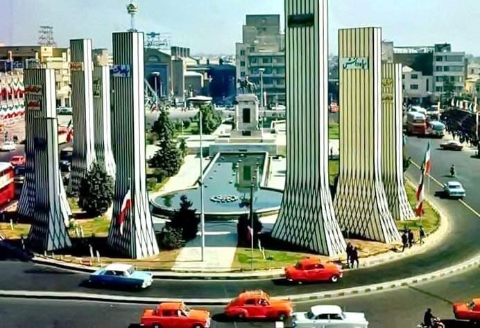 Tehran-Piazza di Arg