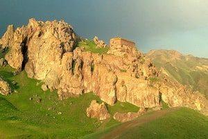 Крепостта Дохтар (Qiz Qalasi)