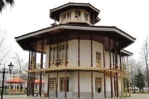 Pallati Kolah Farhangi