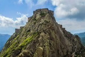 Замъкът Бабак