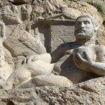 हरक्यूलिस की मूर्ति