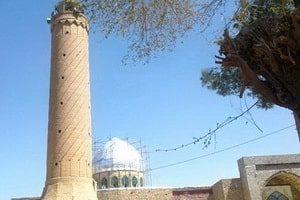 在Khāsh市的Jām'eh清真寺的尖塔