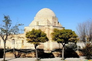 Ac Mausoleo condiderunt ab Ahmad Pir, Zahr, Nush '