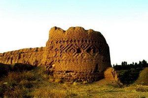 Старият замък (Meshgin Shahr)