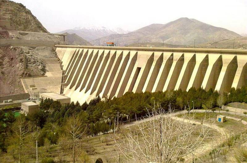 Tehran-Lago della diga Latian