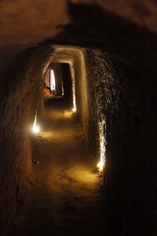 Підземне місто Нуш Абад