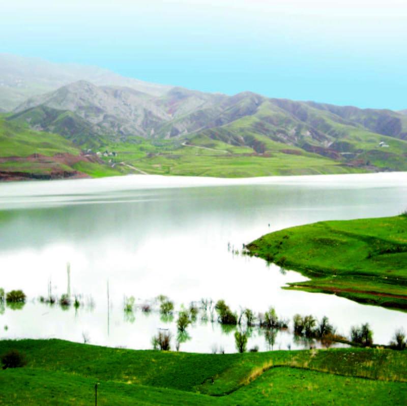 Далёнае возера Талагхан
