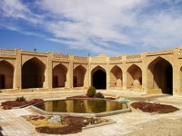 Yazd-Caravanserraglio-Di-Shahzadeh-Kharanagh-2-min