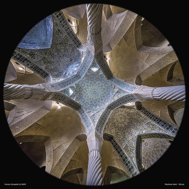 Moschea-Vakil-Shi-Cupole