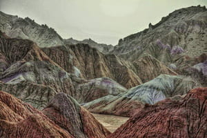 ネバンダンの火星山脈