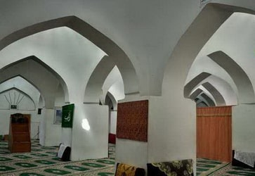 महान मस्जिद काहर डेरख्त